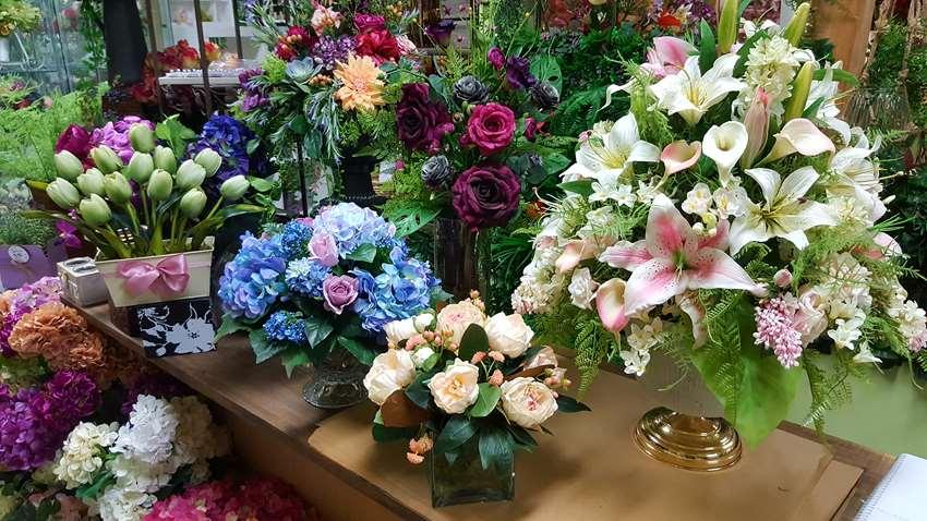 Desflora Artificial Flowers Melbourne Showroom Full Of Artificial Flowers Artificial Plants Direct To The Public