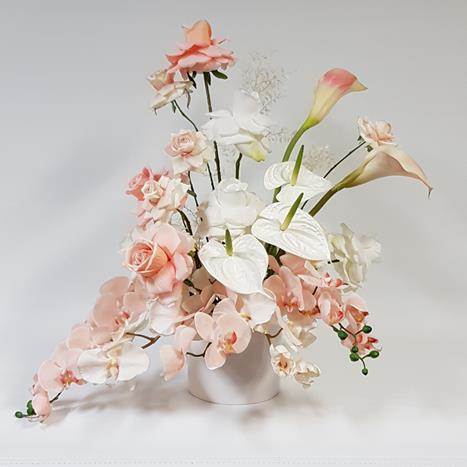 Peachy flower arrangements