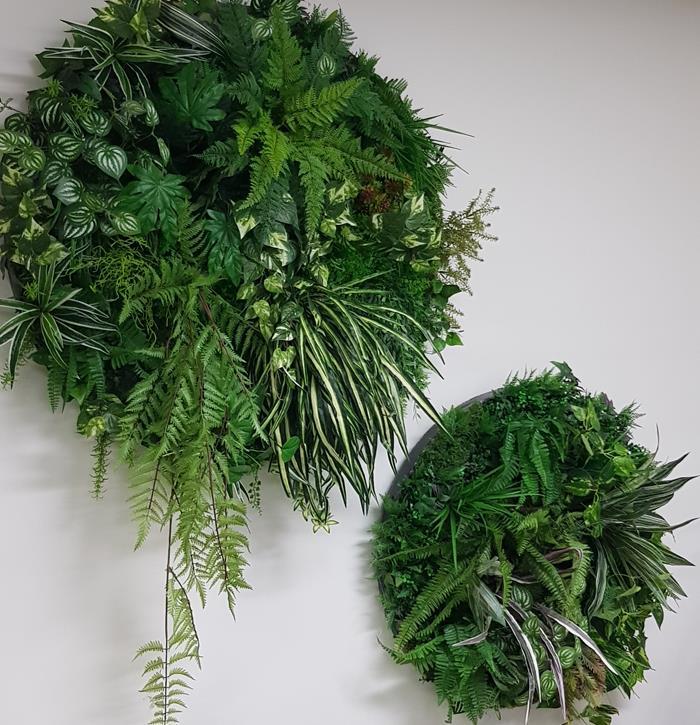 Foliage circles to hang on wall